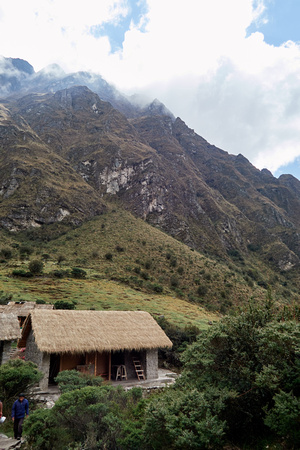 930a at Llulluchapampa (3,600m/12,500ft), where some groups overnight here